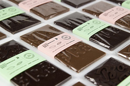 Typographic-Chocolate-Bar-4